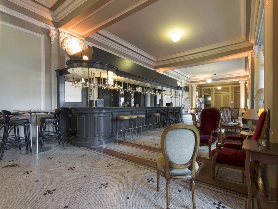 Restaurant le casino de montbenon playstation 1 2 games